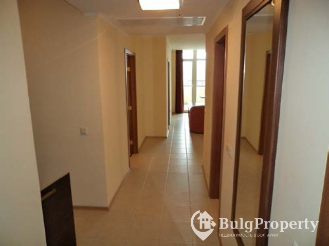 Pomorie - large apartment for sale in complex Sunset resort