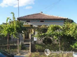 Buy cheap rural house near Dobrich